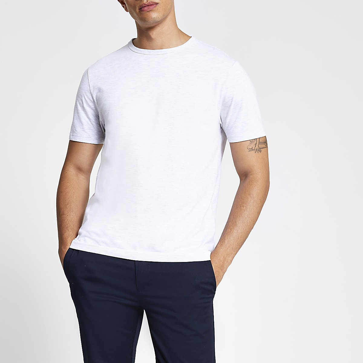 Light grey slim fit crew neck T-shirt