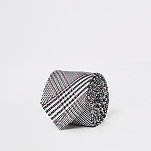 Cravate à carreaux grise