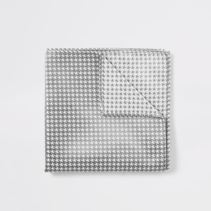 White dogtooth metallic handkerchief