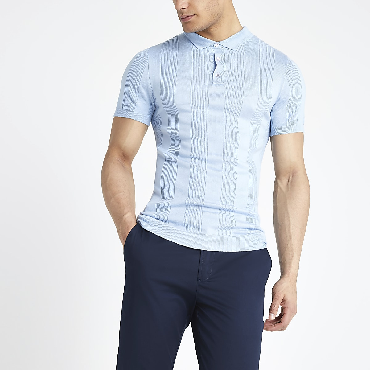Hellblaues Muscle Fit Polohemd