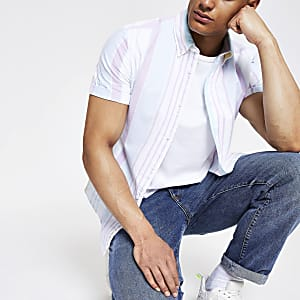 Wit overhemd met pastelstreep en korte mouwen