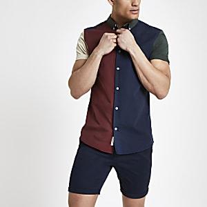 Marineblauw slim-fit overhemd met blokprint en korte mouwen