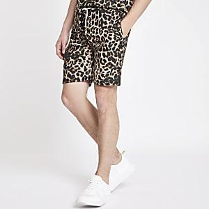 Criminal Damage – Braune Shorts mit Leoparden-Print