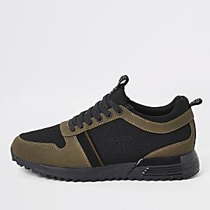 Sneakers in Khaki zum Schnüren