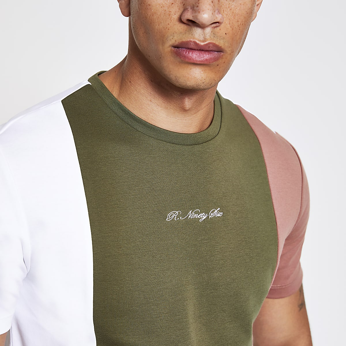 R96 Green colour block slim fit T-shirt