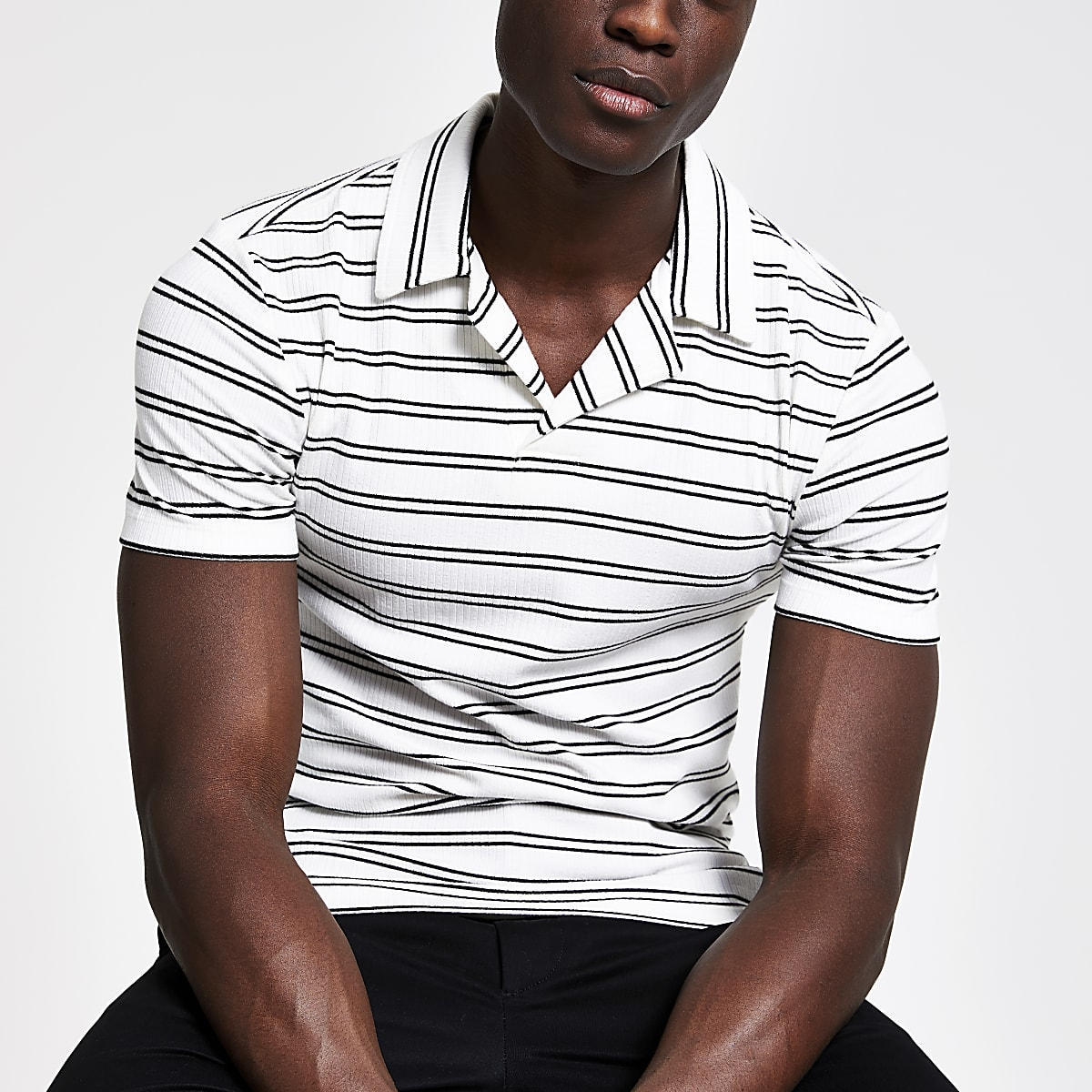 White stripe slim fit open collar polo shirt