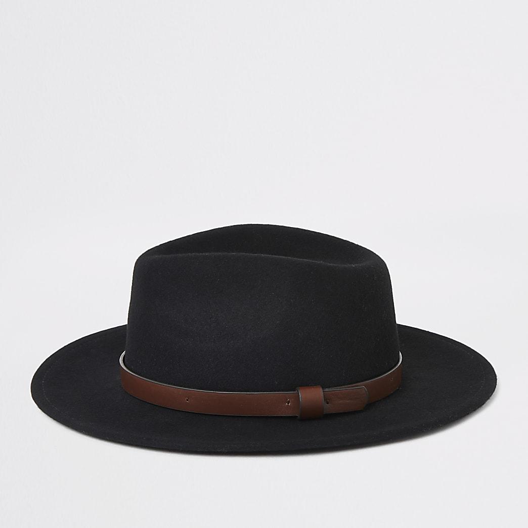 Zwarte fedora-hoed