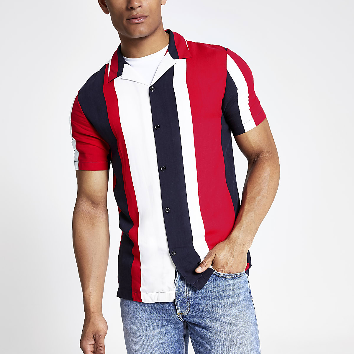 Red stripe short sleeve shirt