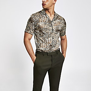 Brown animal print short sleeve shirt