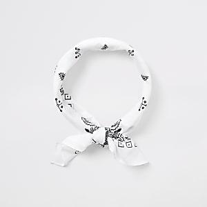 Weißes, klassisches Bandana-Haarband