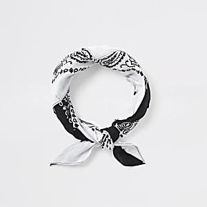 Bandana blanc à imprimés variés
