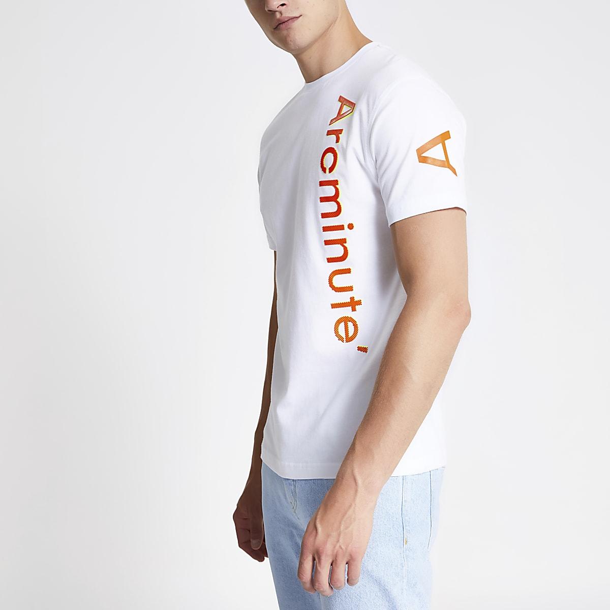 Arcminute – Weißes T-Shirt mit Logo