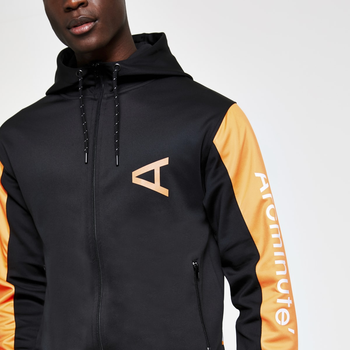 Arcminute – Sweat noir zippé à capuche