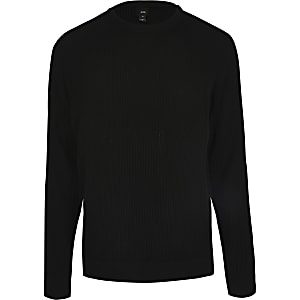 Zwarte geribbelde gebreide slim-fit pullover