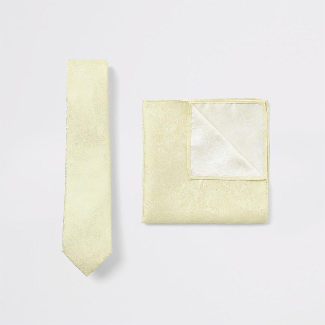 Ensemble mouchoir et cravate à fleurs jaunes