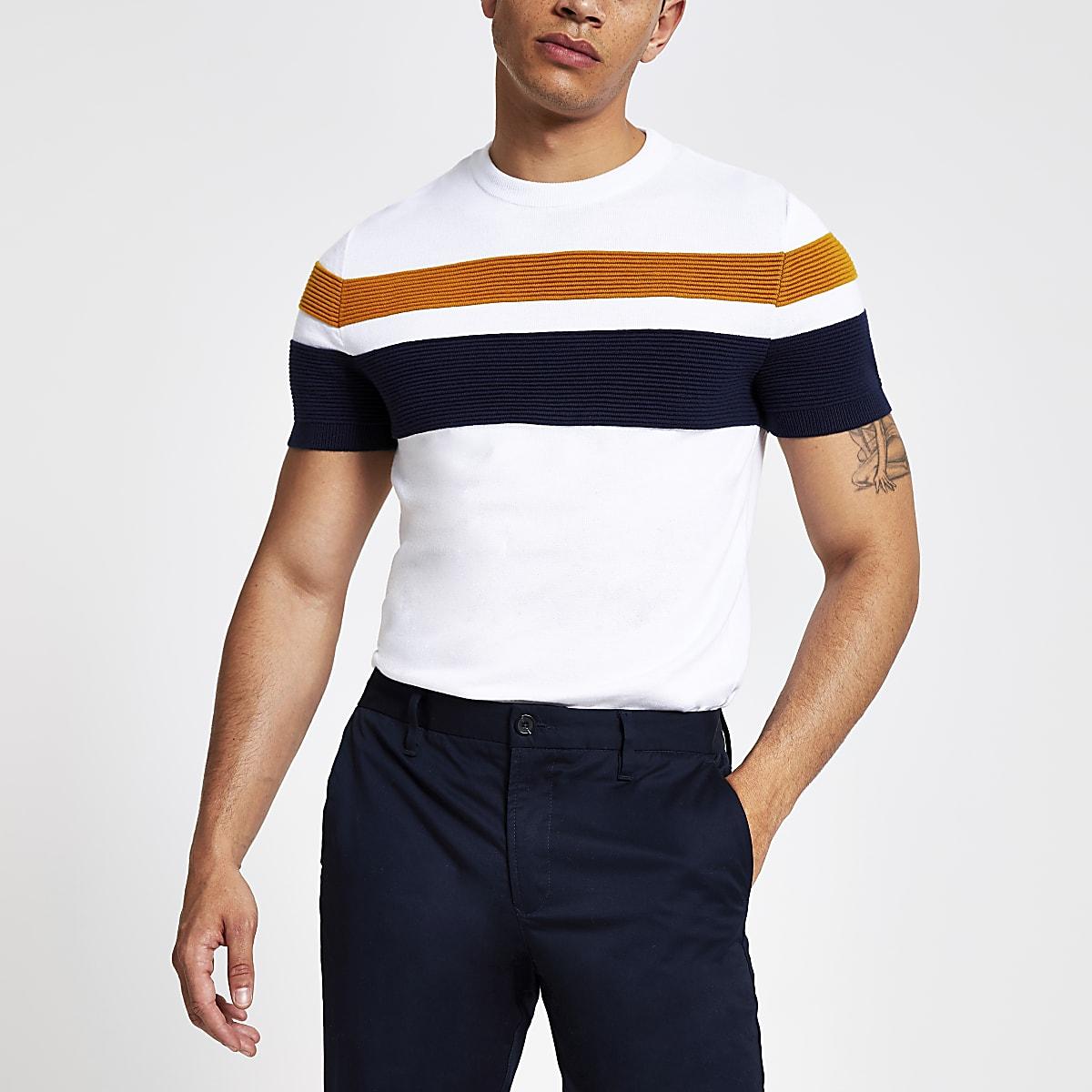 Wit gestreept slim-fit gebreid T-shirt