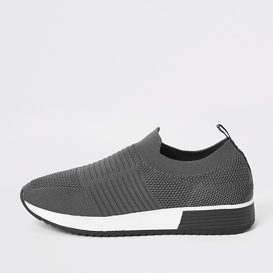 Grey knit runner trainers
