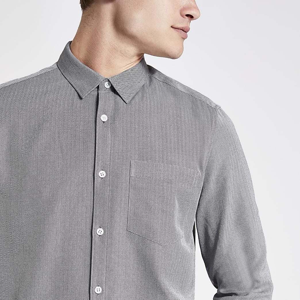 Lichtgrijs overhemd met visgraatmotief en standaard pasvorm