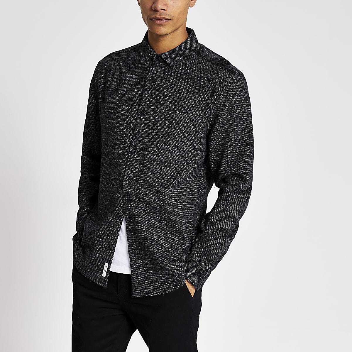 Chemise texturée gris foncé à manches longues