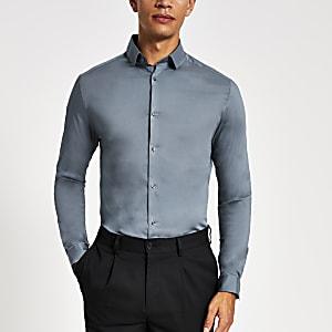 Hellblaues langärmeliges Muscle Fit Hemd