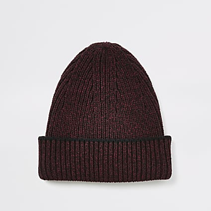 Burgundy fisherman kitted beanie hat