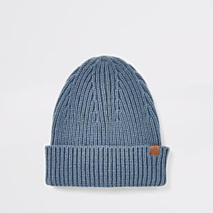 Bonnet en maille bleu style pêcheur