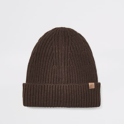 Brown fisherman knitted beanie hat