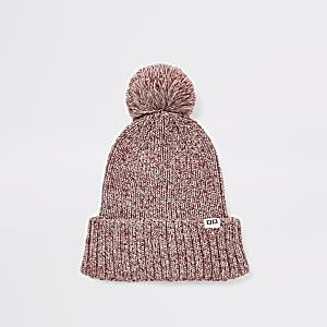 Rote Beanie-Mütze aus Strick