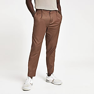 Pantalon skinny fuselé stretch marron
