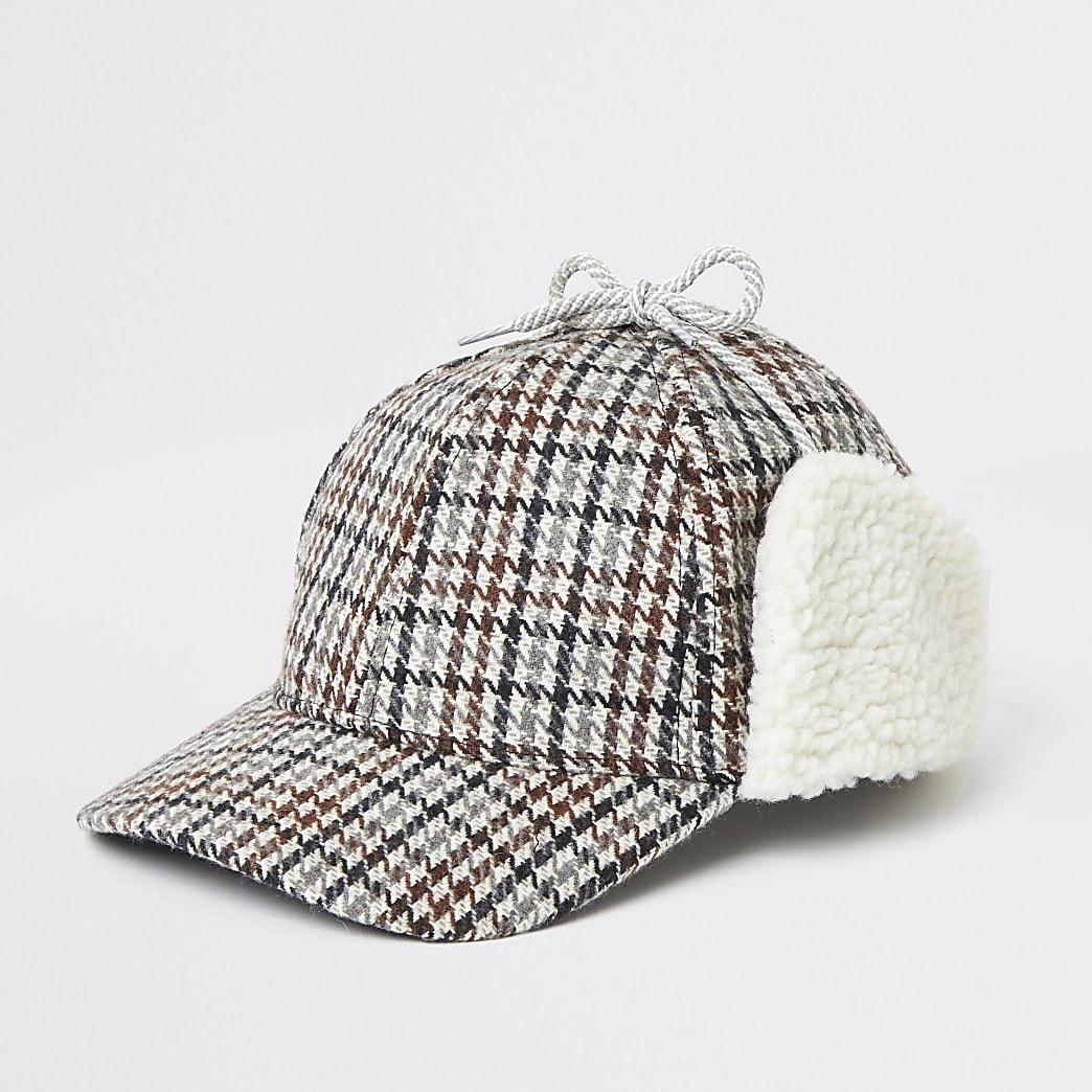 Brown check borg trim hat