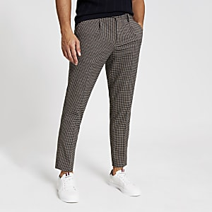 Braun-karierte, elegante Skinny Bundfaltenhosen