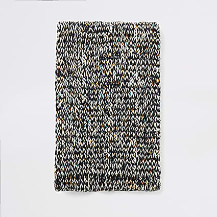 Ecru twist knitted chunk scarf