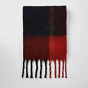 Donkerrode gebreide sjaal met kleurvervaging en ruiten