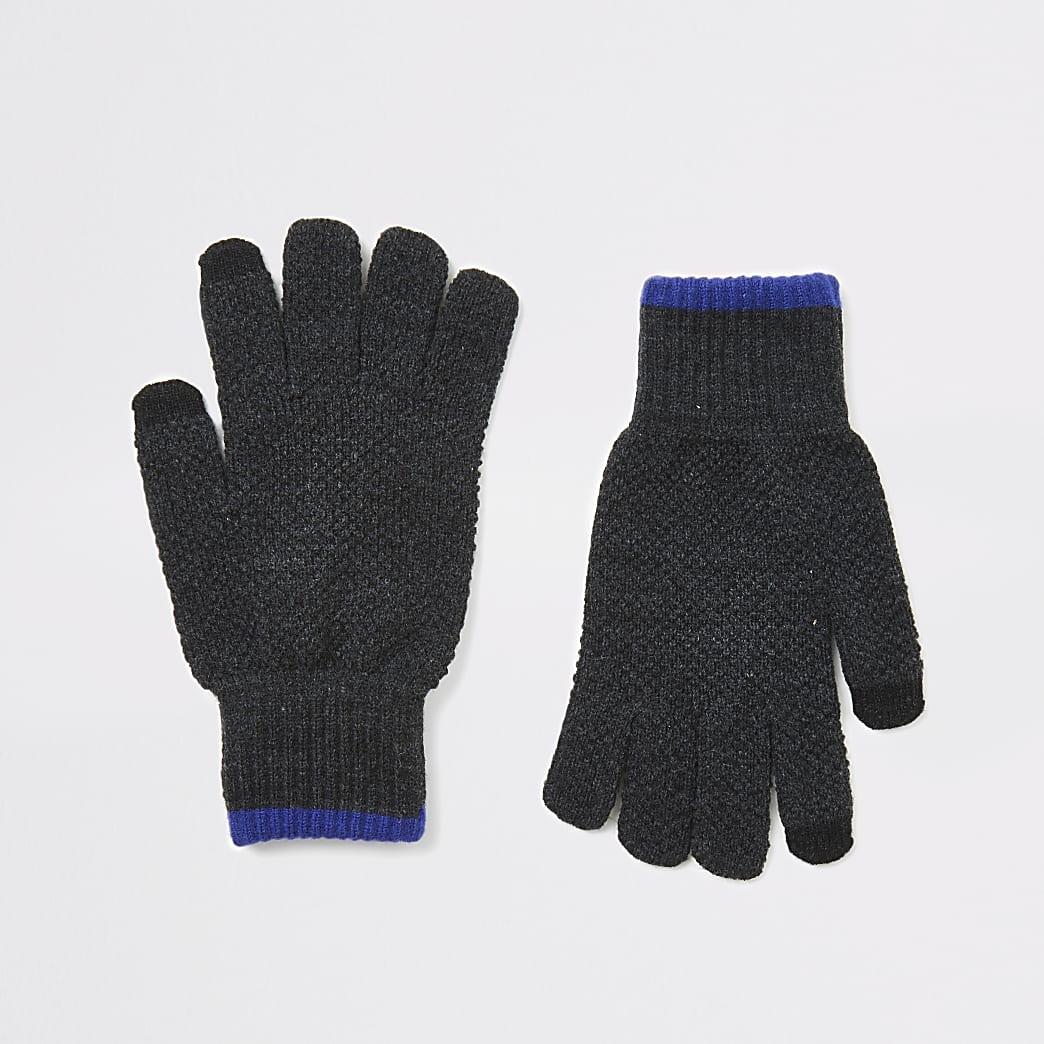 Grijze gebreidetouchscreen handschoenen