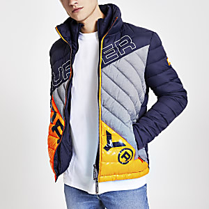 Superdry – Marineblaue Steppjacke