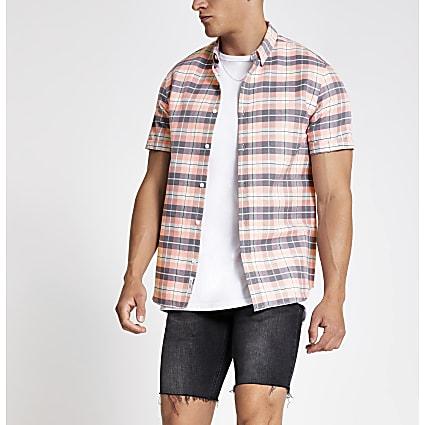 Pink check short sleeve shirt