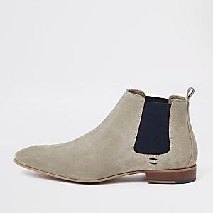 Steingraue, spitze Chelsea-Stiefel aus Wildleder