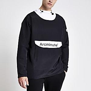 Arcminute – Leichte, schwarze Kapuzenjacke