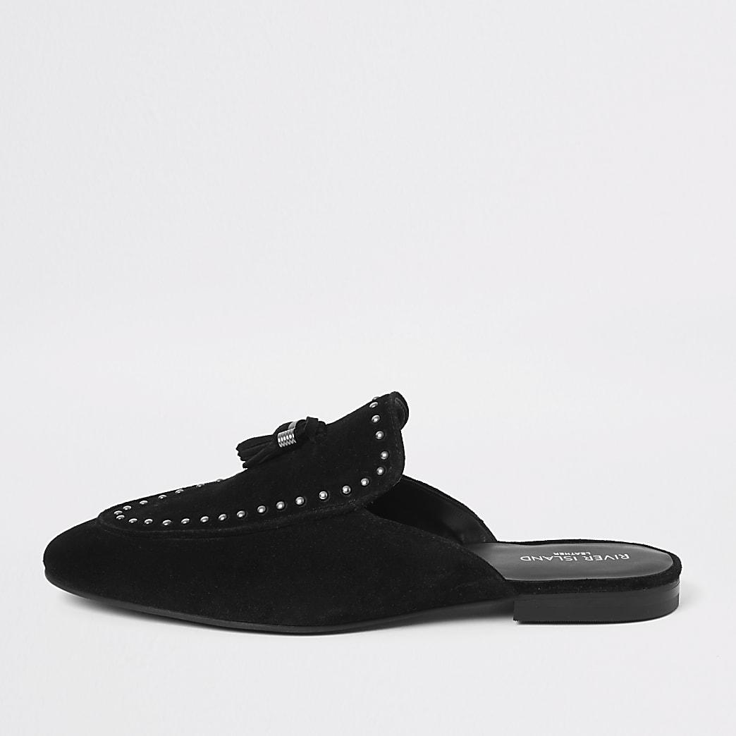 Zwarte loafers zonder achterkant met studs en kwastjes