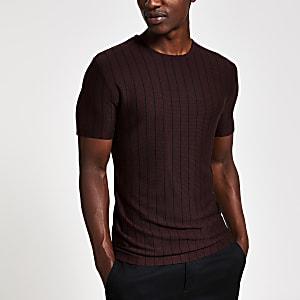 T-shirt en maille slim à fines rayures rouge