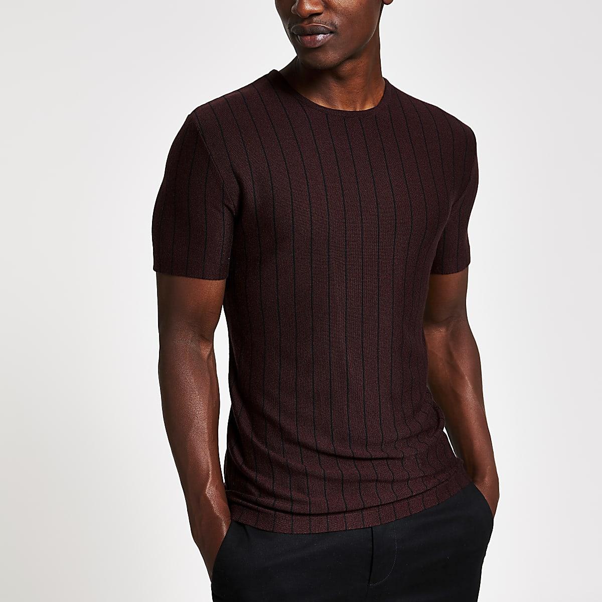 Rood gebreid slim-fit T-shirt met strepen