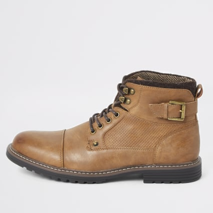 Light brown lace-up buckle military boots