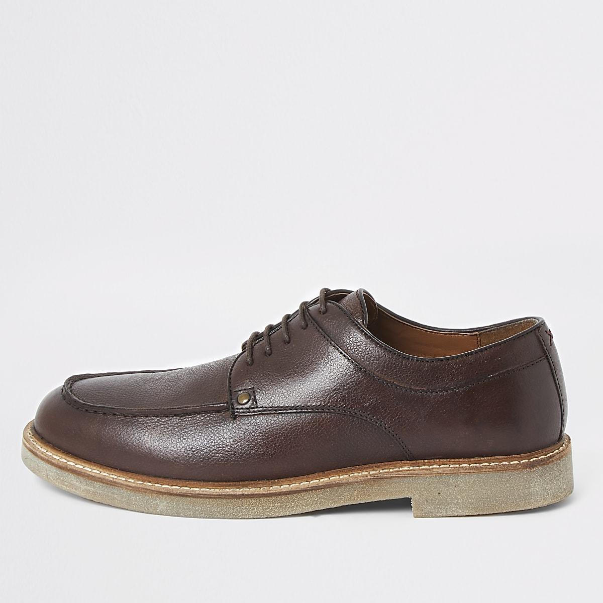 Donkerbruine leren schoenen met veters