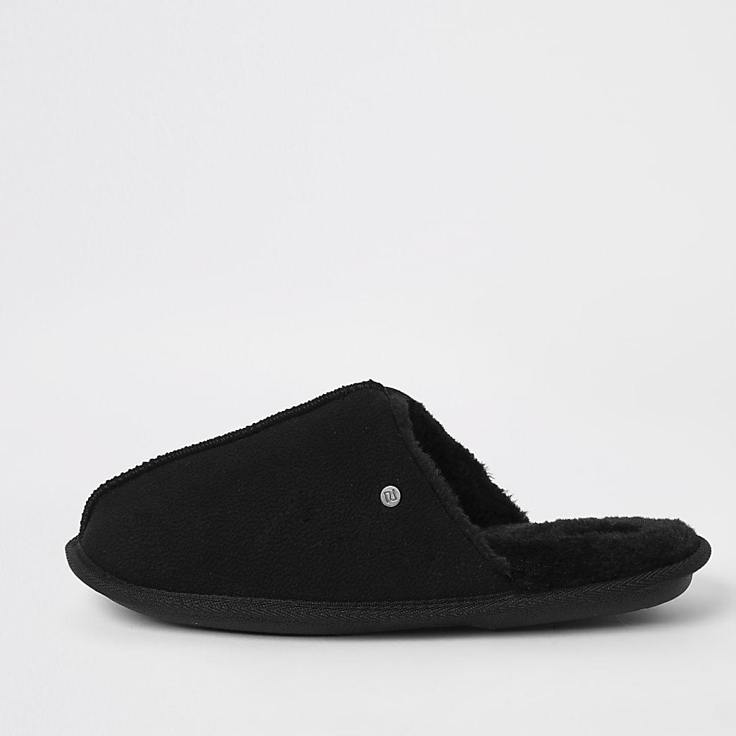 Black faux fur lined mule slippers