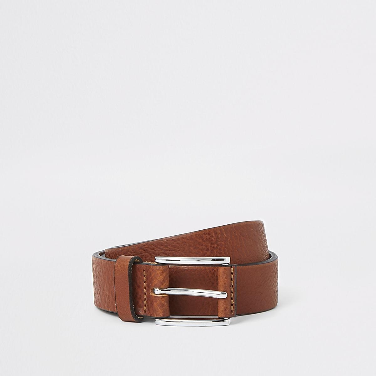Light brown textured belt