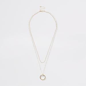 Mehrreihige Halskette mit Ringen in Gold und Silber