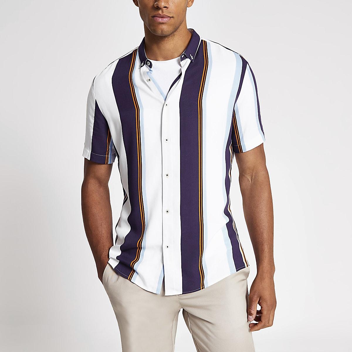 White stripe slim fit short sleeve shirt