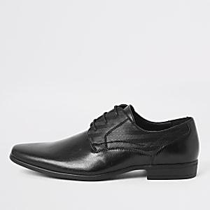 Chaussures derby noires en relief