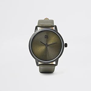 Khaki textured round watch