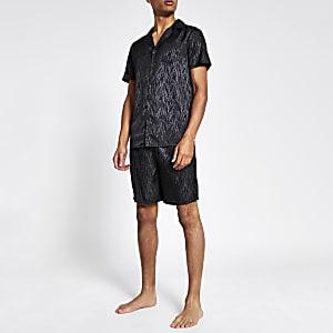 Schwarzes, kurzes Pyjamaset mit Zebraprint